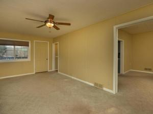 609 Parkway Ave S Lanesboro MN-007-005-Living Room-MLS_Size