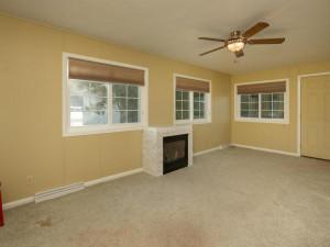 609 Parkway Ave S Lanesboro MN-004-002-Living Room-MLS_Size
