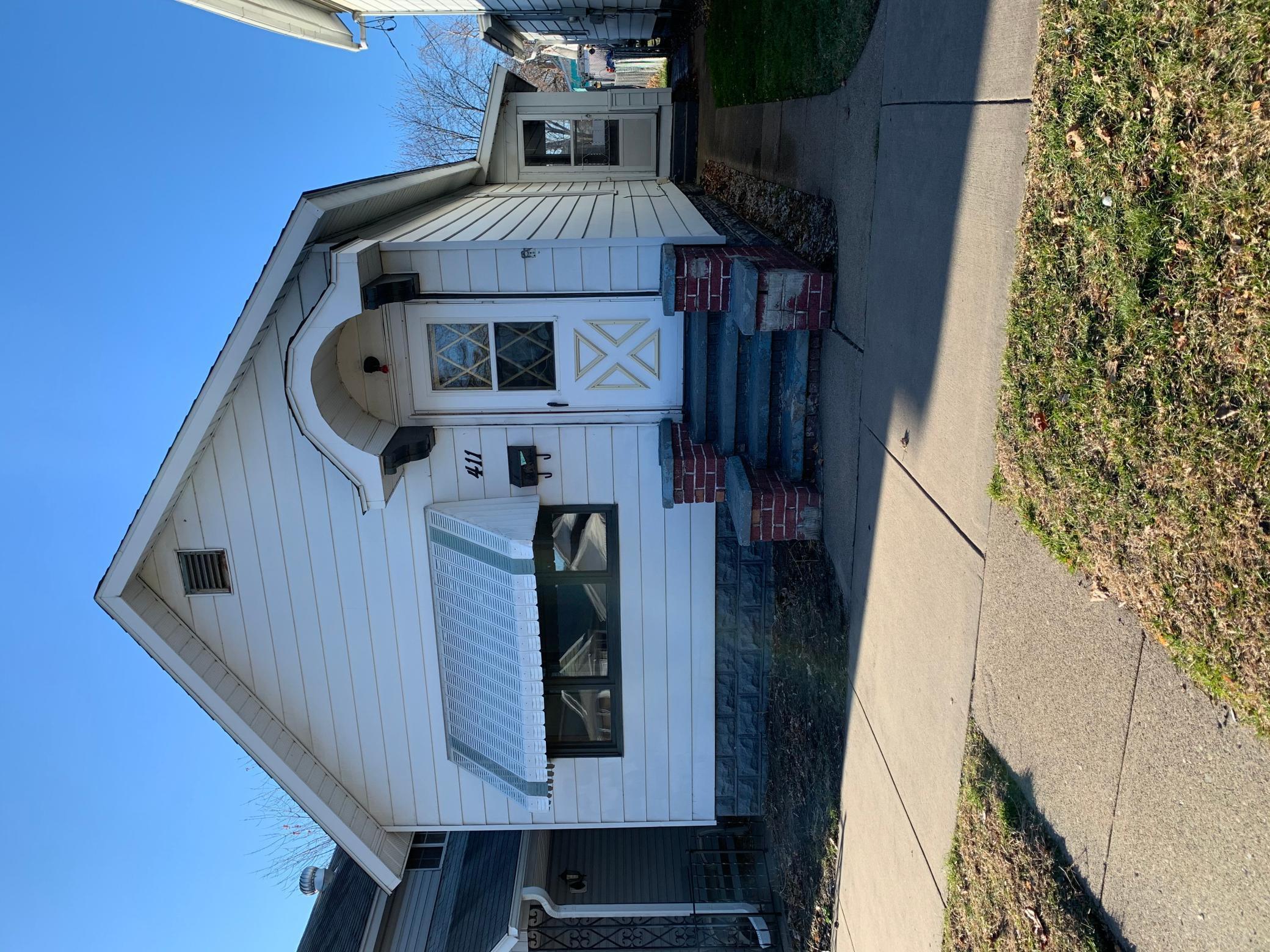 411 Mankato Avenue, Winona, MN 55987