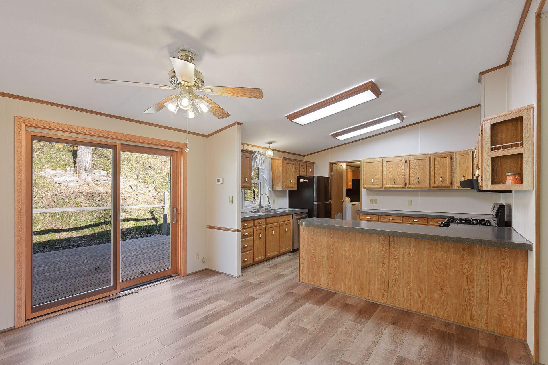61071 N County Road 11, Millville, MN 55957