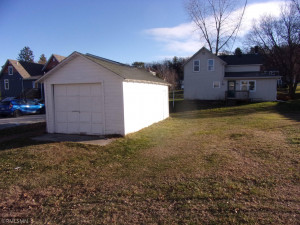 607 Calhoun Avenue S, Lanesboro, MN 55949