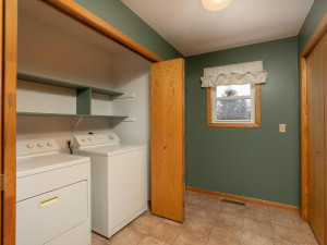 9305 80th Ave SE Chatfield MN-037-030-Laundry-MLS_Size