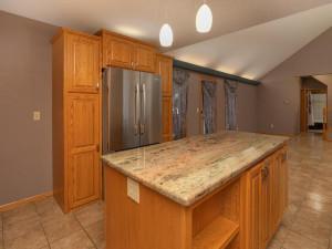 9305 80th Ave SE Chatfield MN-036-034-Kitchen-MLS_Size