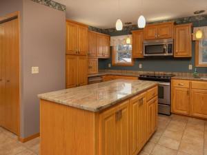 9305 80th Ave SE Chatfield MN-034-035-Kitchen-MLS_Size