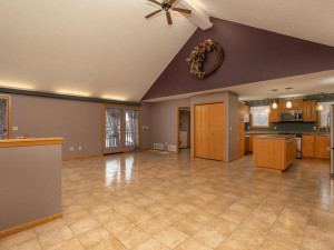 9305 80th Ave SE Chatfield MN-030-031-Living Room-MLS_Size