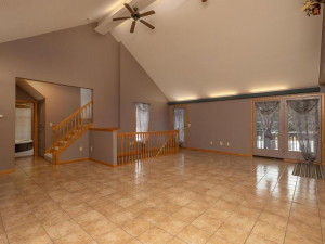 9305 80th Ave SE Chatfield MN-029-026-Living Room-MLS_Size
