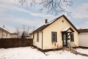 1063 E 5th Street, Winona, MN 55987