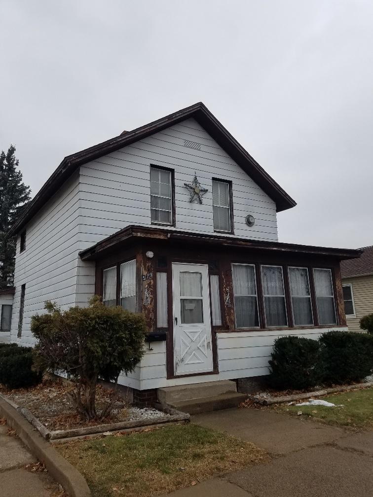 579 E Sanborn Street, Winona, MN 55987
