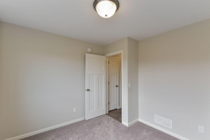 6045 Iris Lane, Rockford, MN 55373