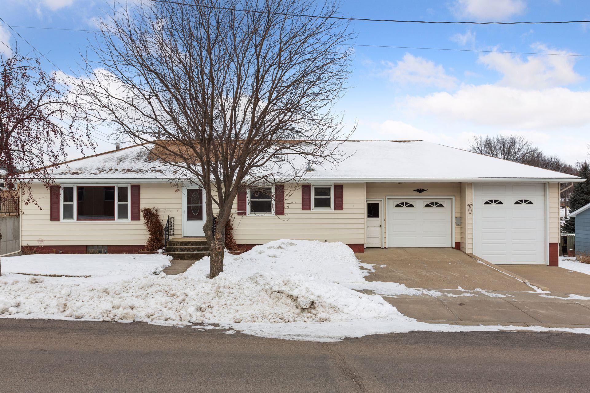 106 Andy Avenue W, Winsted, MN 55395