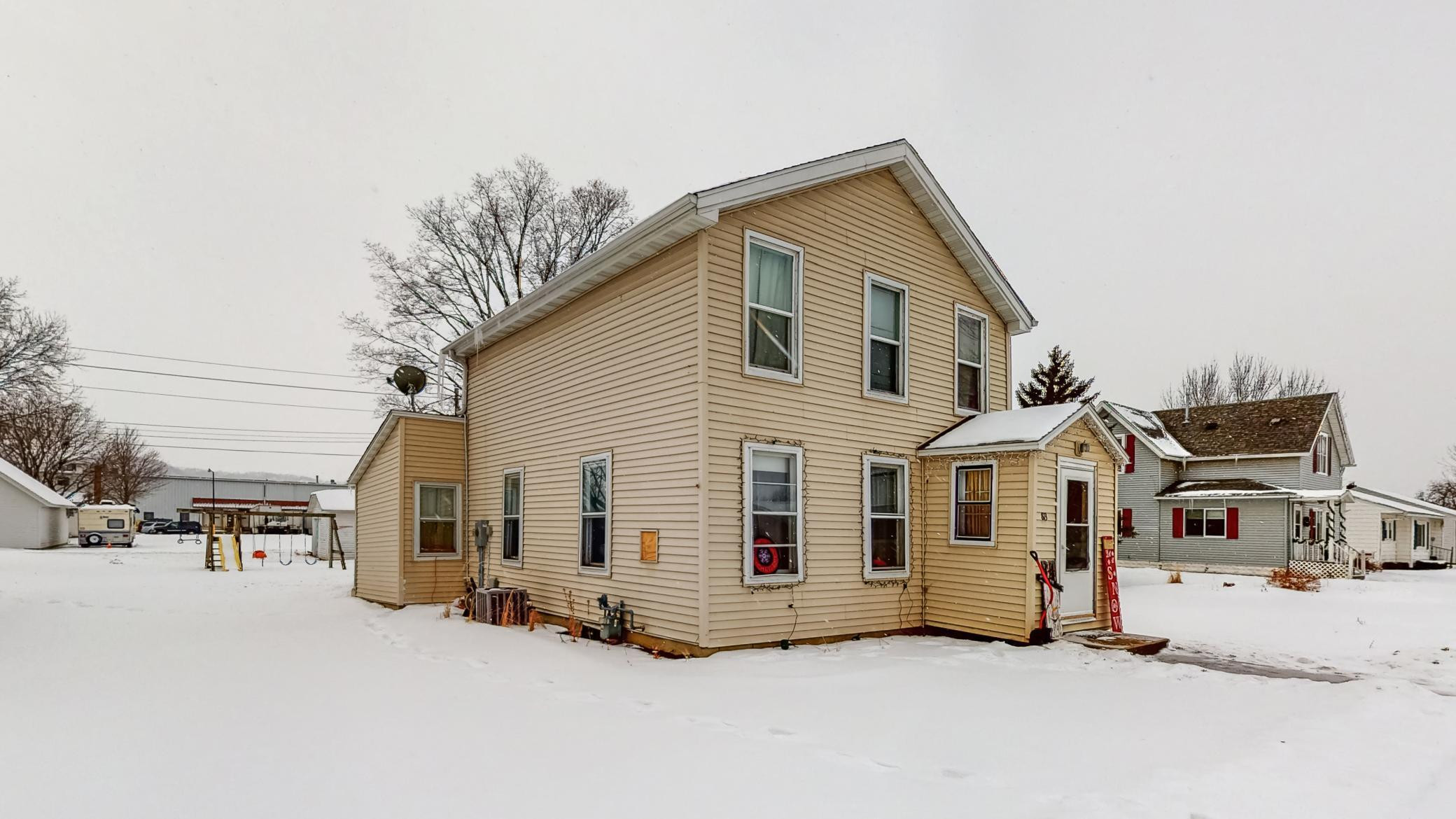 813 N 6th Street, Lake City, MN 55041