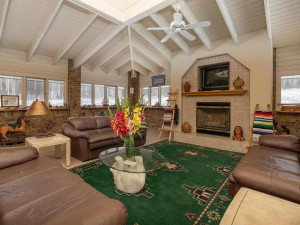 7606 100th St NW Pine Island-031-080-Great Room-MLS_Size