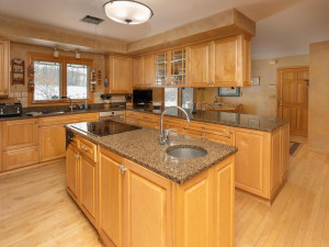 7606 100th St NW Pine Island-021-067-Kitchen-MLS_Size