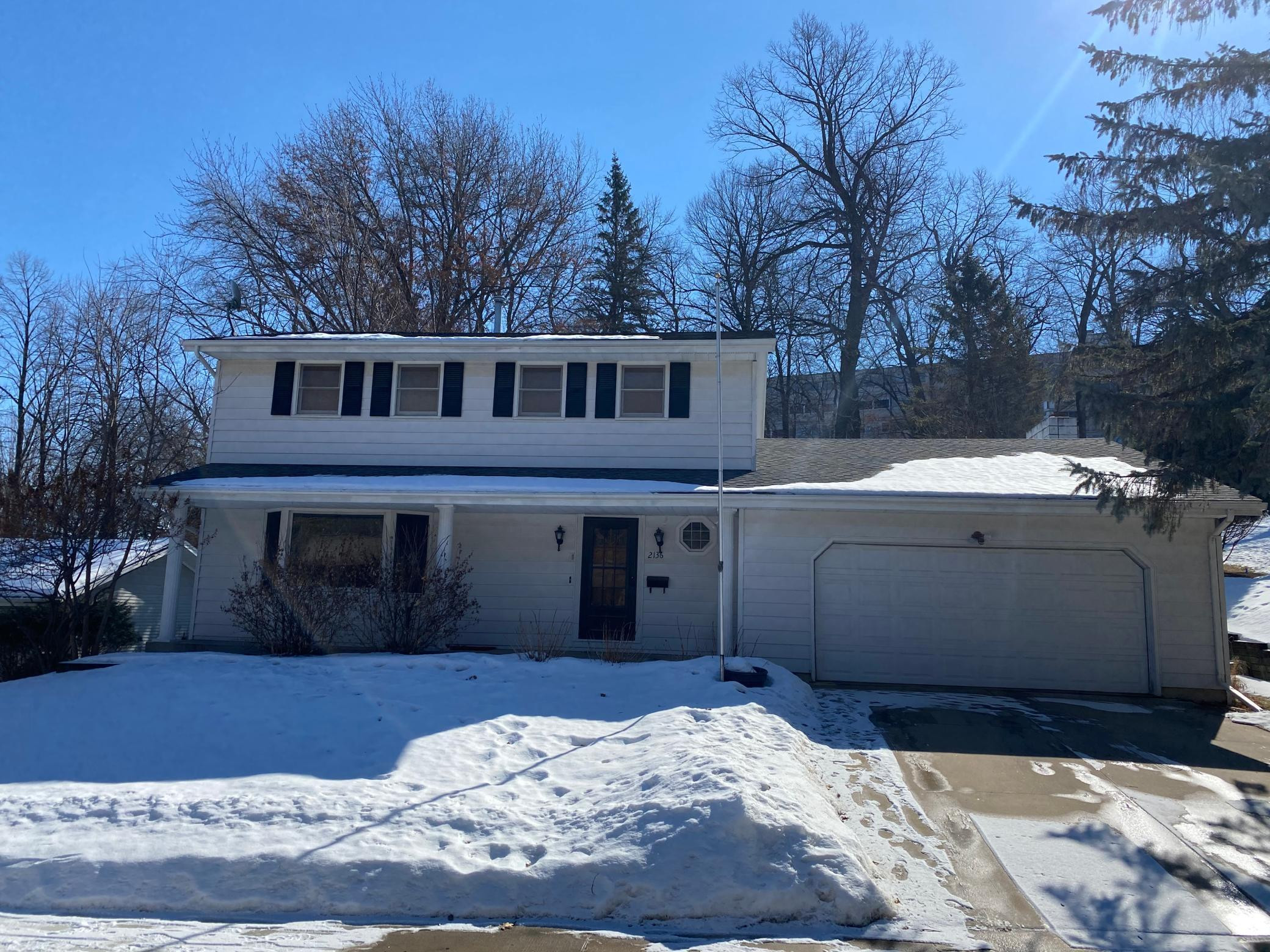 2136 Valkyrie Drive NW, Rochester, MN 55901