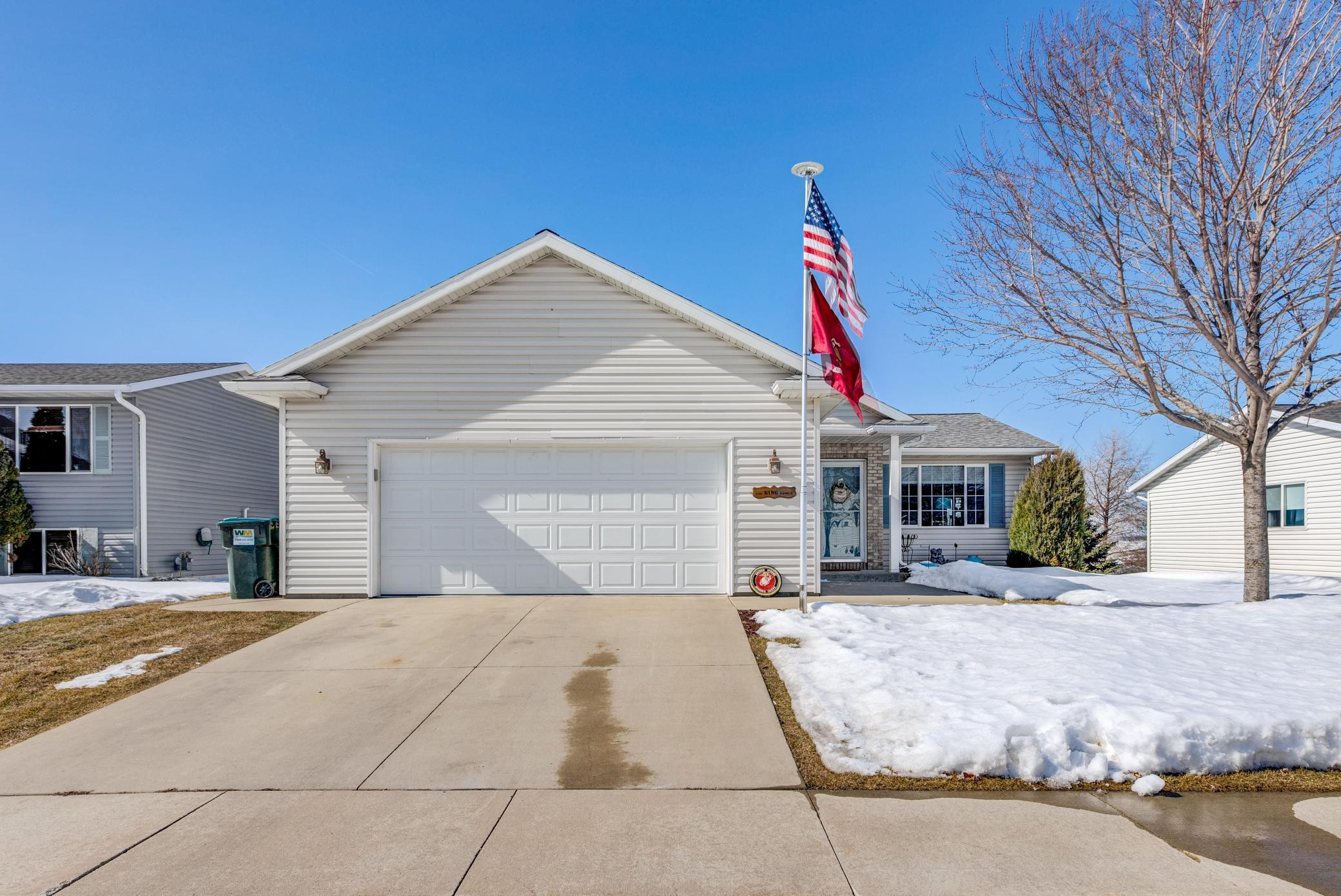 5185 King Arthur Drive NW, Rochester, MN 55901