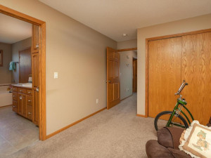 1802 16th Ave SW Austin MN-025-025-Bedroom 2-MLS_Size