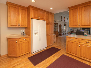 1802 16th Ave SW Austin MN-009-033-Kitchen-MLS_Size