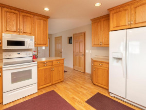 1802 16th Ave SW Austin MN-008-005-Kitchen-MLS_Size