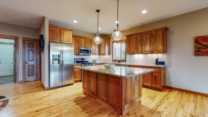 412 22nd Avenue SW, Rochester, MN 55902
