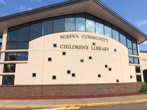 The Walkable Nisswa Library just 2 blocks from Pine Trails