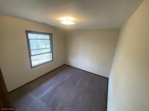 16045 6th Street N, Lakeland, MN 55043
