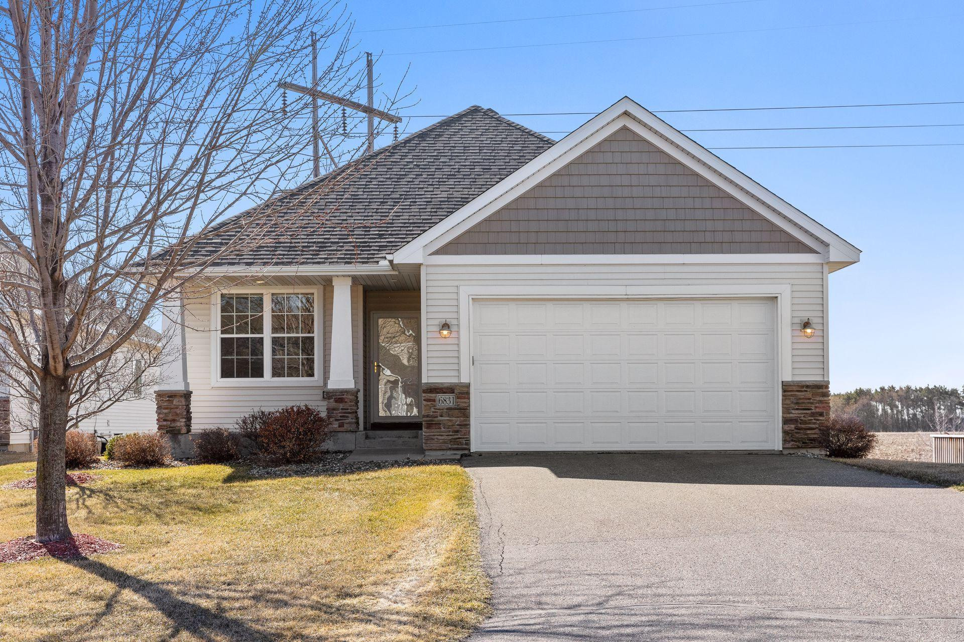 6831 99th Street S, Cottage Grove, MN 55016