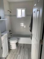 Completely updated main level full bathroom.