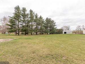 26379 540th Ave Austin MN 55912 USA-042-038-Front-MLS_Size