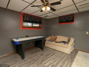 26379 540th Ave Austin MN 55912 USA-023-041-Bedroom 4-MLS_Size