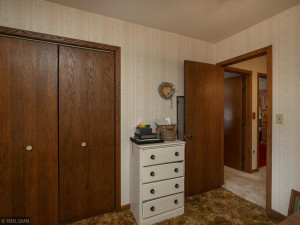 26379 540th Ave Austin MN 55912 USA-018-016-Bedroom 3-MLS_Size