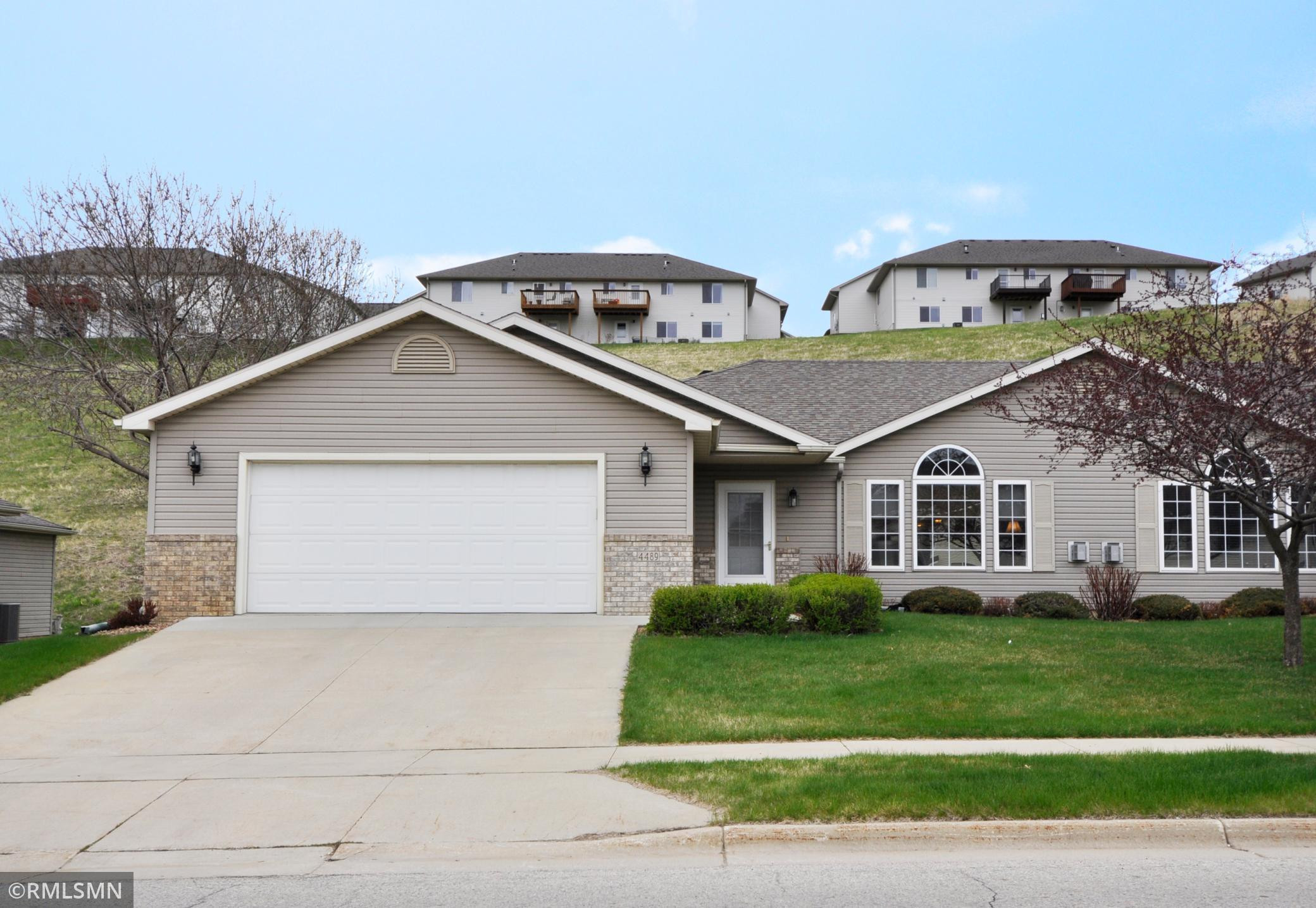 4489 Meadow Lakes Drive NW, Rochester, MN 55901