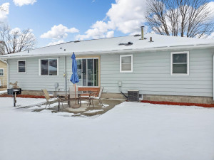 1008 W Center Street, Lake City, MN 55041