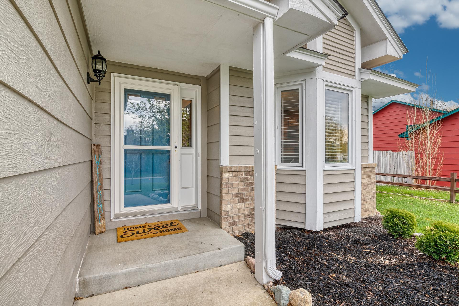 Welcome home! Impress your guests with this updated and inviting front entry