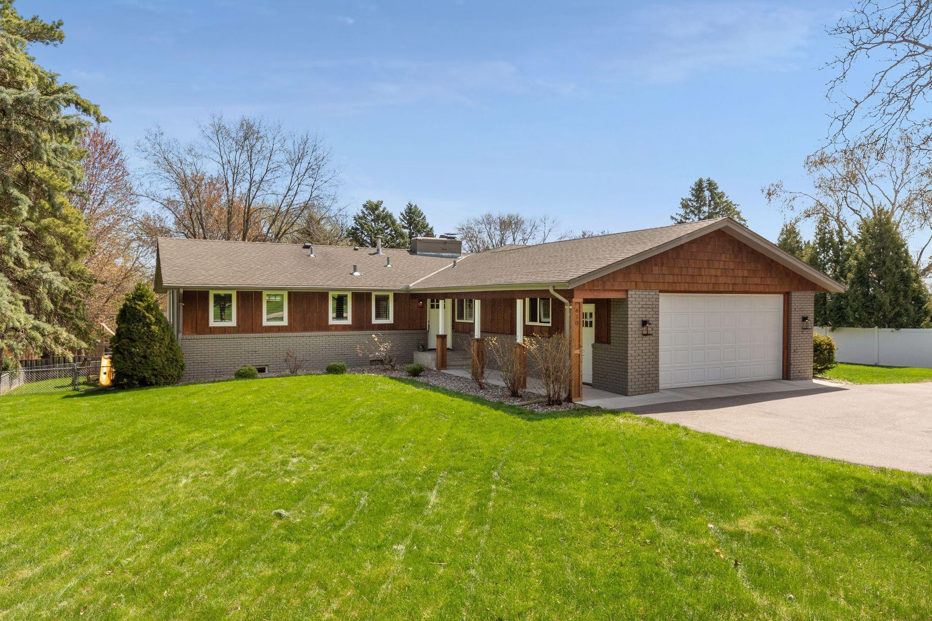 410 Narcissus Lane N, Plymouth, MN 55447