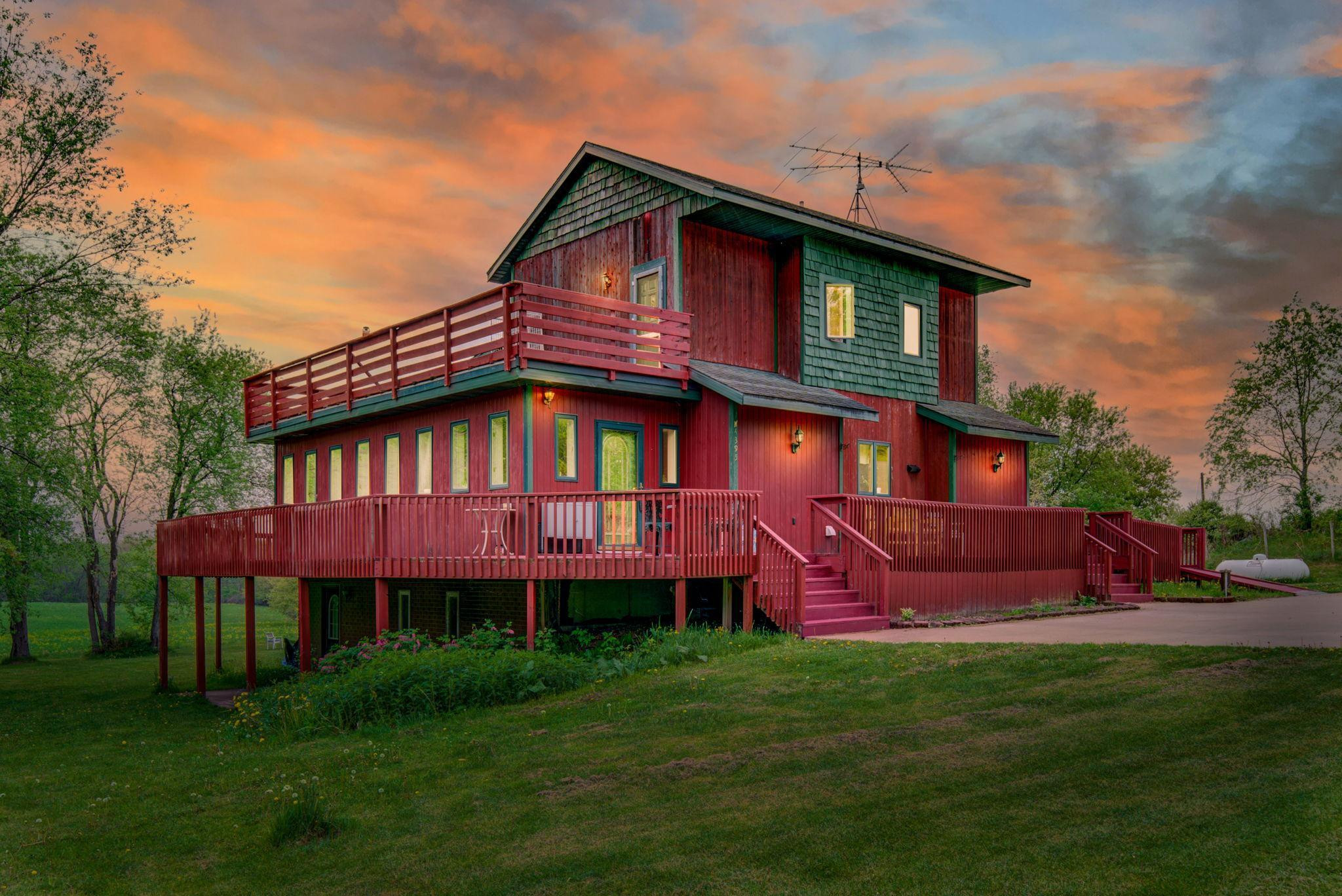 25-web-or-mls-W4395 St Rd 29, Spring Valley WI Twilight