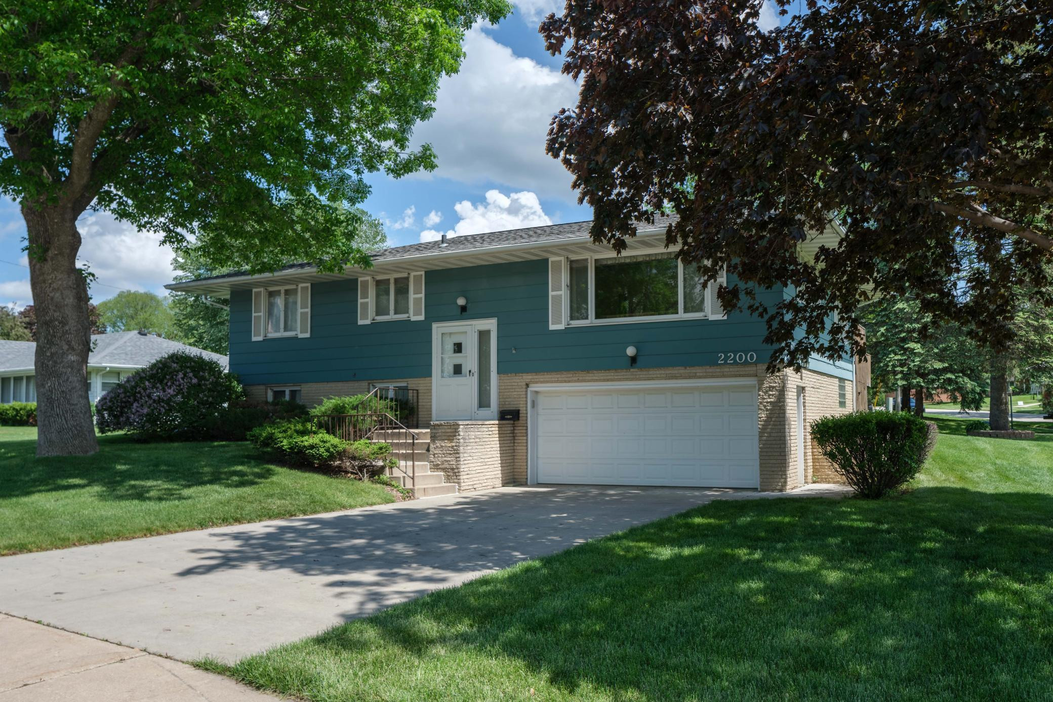 2200 Elton Hills Drive NW, Rochester, MN 55901