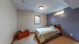 914 Sycamore Street, Lake City, MN 55041