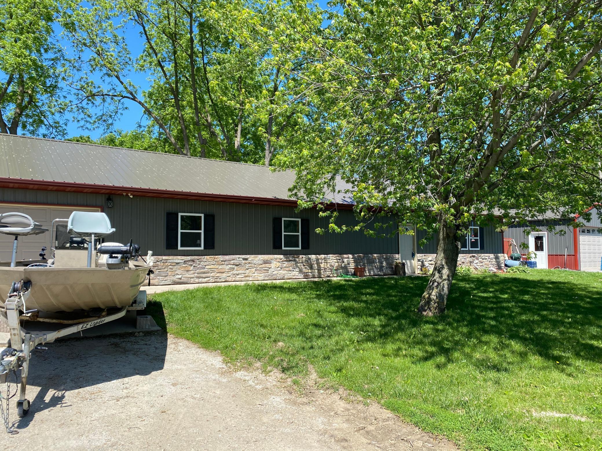 301 Center Avenue, Spring Valley, MN 55975