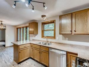540 198th Ln NW Oak Grove MN - MLS Sized - 009 - 14 Kitchen