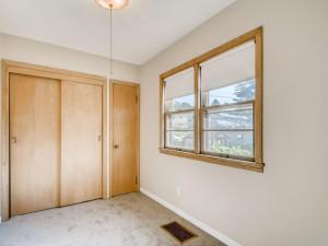 555 36 12 Avenue NE MN - MLS Sized - 024 - 27 Bedroom
