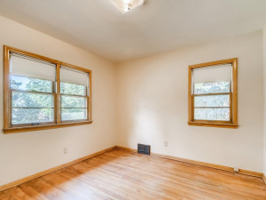 555 36 12 Avenue NE MN - MLS Sized - 015 - 18 Primary Bedroom