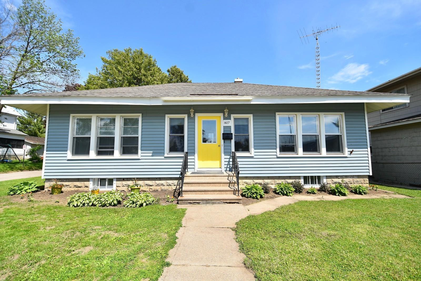807 Whitewater Avenue, MN 55972