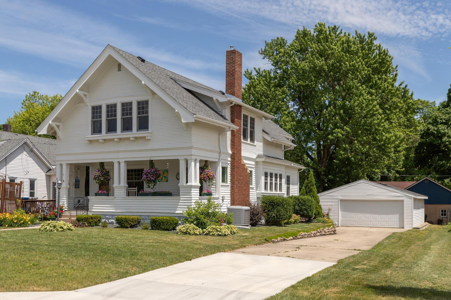 1914 Original Charmer full of Character Inside and Out! Walking distance to the Aquatic Park or downtown Kasson.
