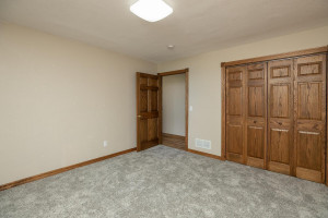 102 Spruce St Fountain MN-large-031-040-Bedroom 4-1500x1000-72dpi