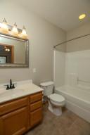 102 Spruce St Fountain MN-large-019-012-Master Bath-667x1000-72dpi