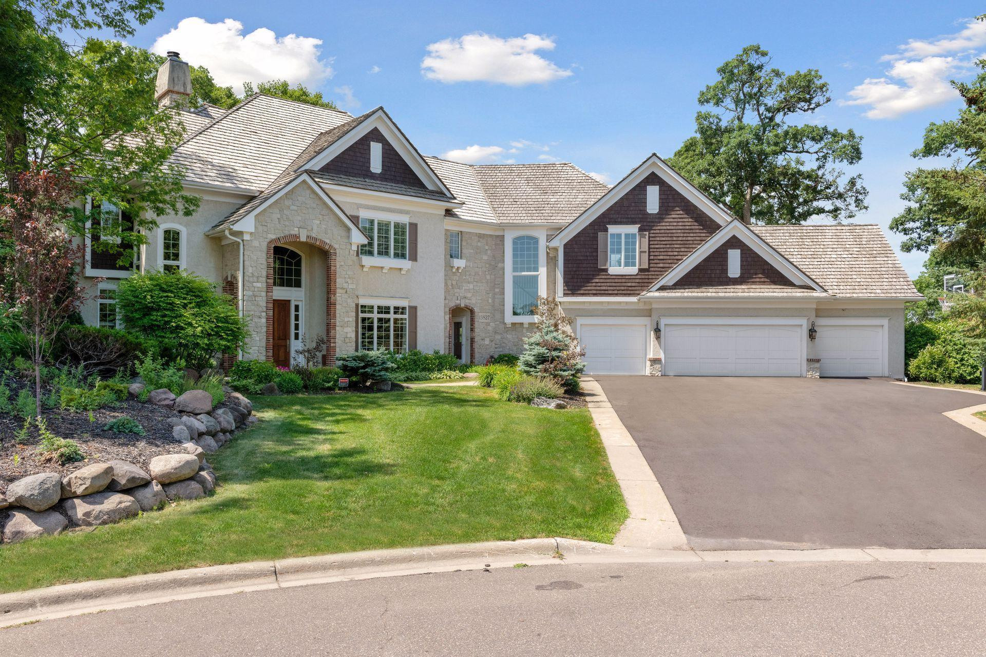 13827 Wood Lane, Minnetonka, MN 55305
