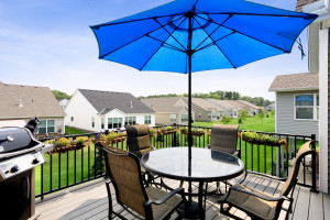 Large deck great for grilling and relaxing