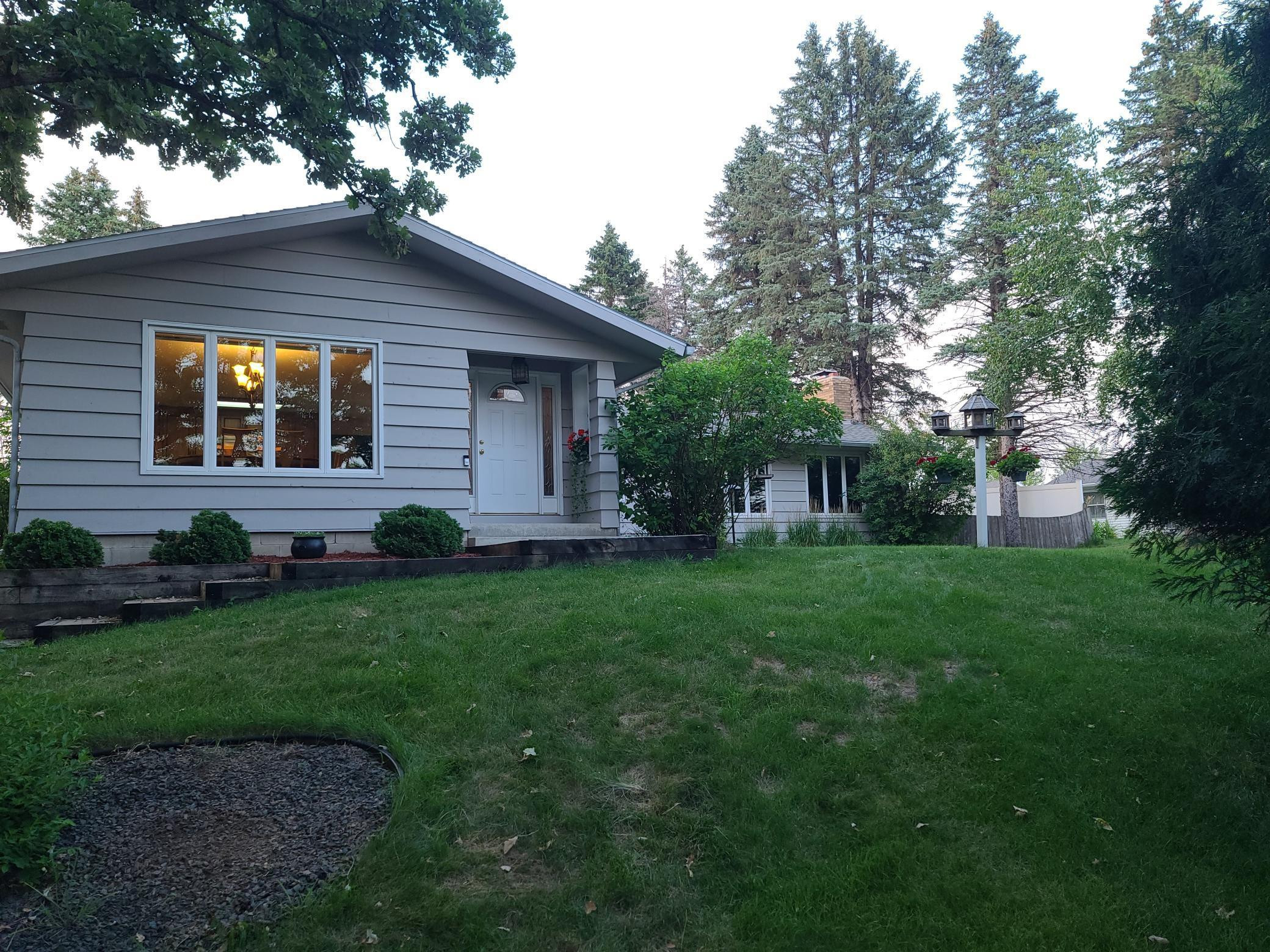 4925 7th Street NW, Rochester, MN 55901