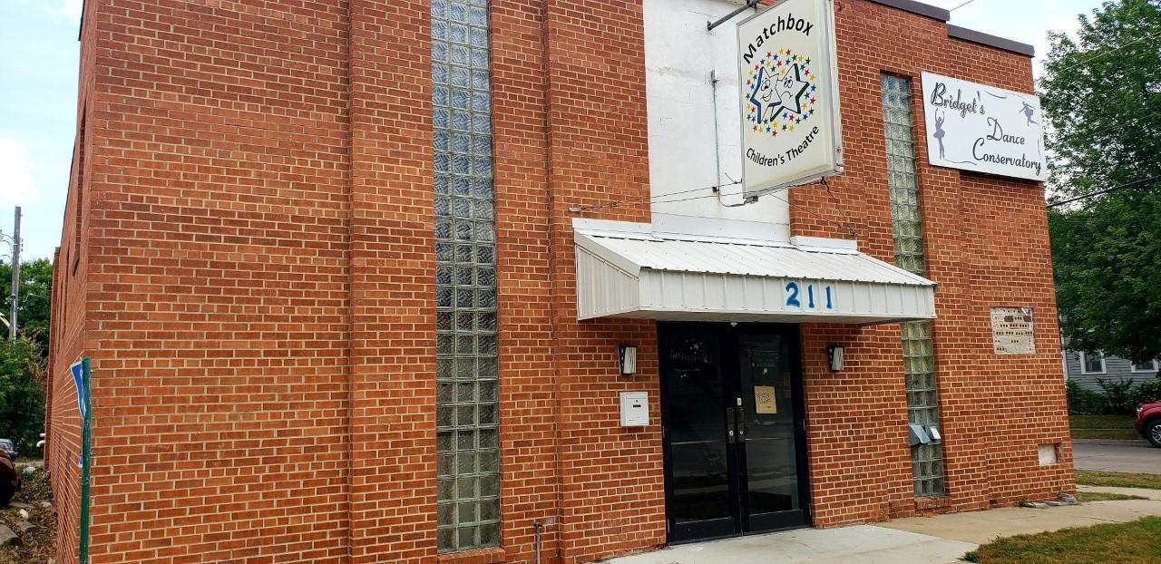 211 1st Street SE, Austin, MN 55912
