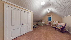 10594 Troy Valley Drive, MN 55972